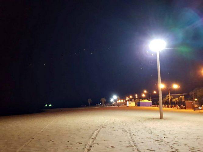Iluminación de playas en Paso de la Patria