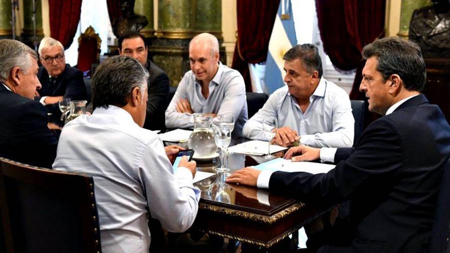 Valdés protagonizó el diálogo entre oficialismo y oposición