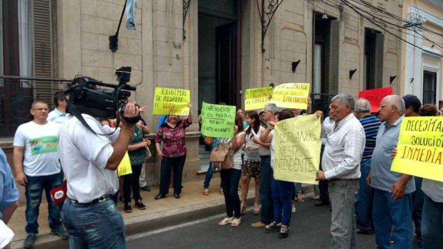 Paso de la Patria reclama la restitución del intendente Osnaghi