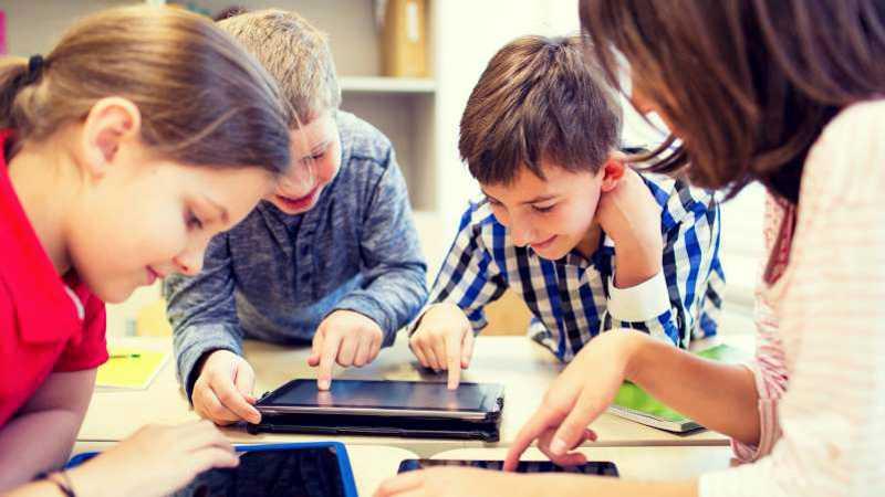 El cerebro de los niños y los dispositivos móviles