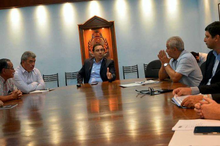 Valdés reunió al comité de crisis