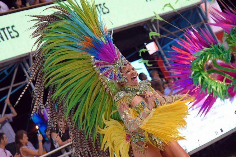 El Gobernador inauguró los Carnavales Oficiales 2019