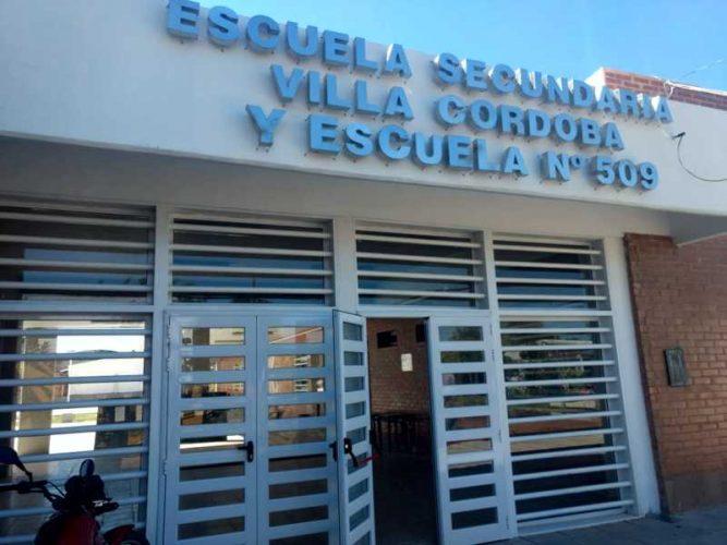 El gobernador Valdés encabeza la inauguración del ciclo lectivo