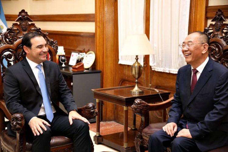 Valdés recibió a autoridades chinas de Liaoning